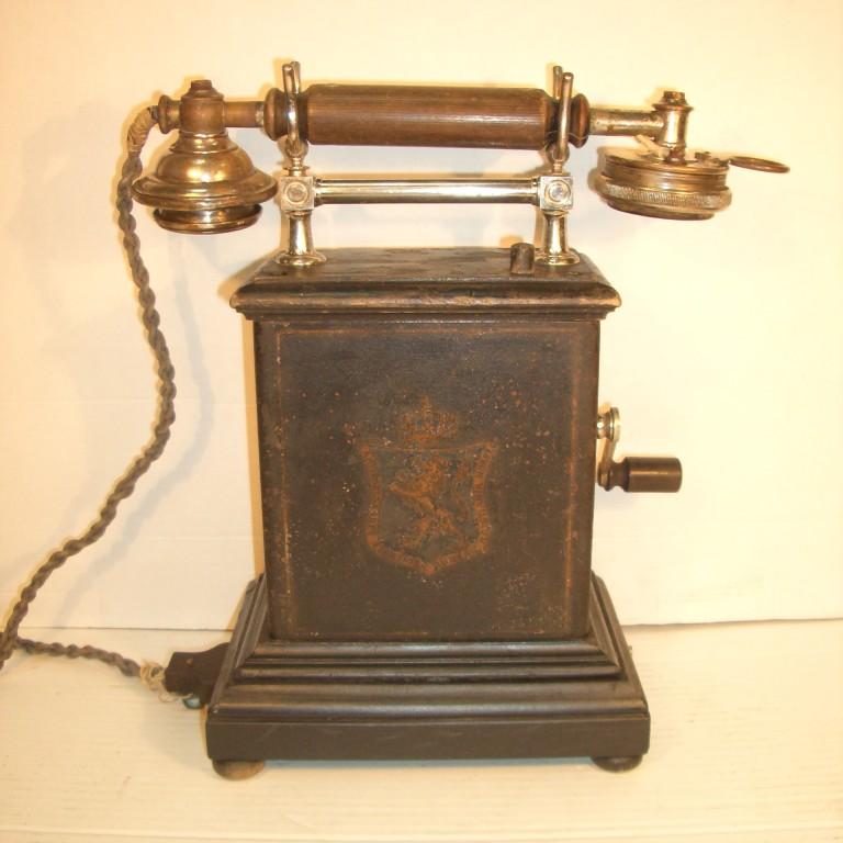 Настольный телефон. 1905г. Норвегия.