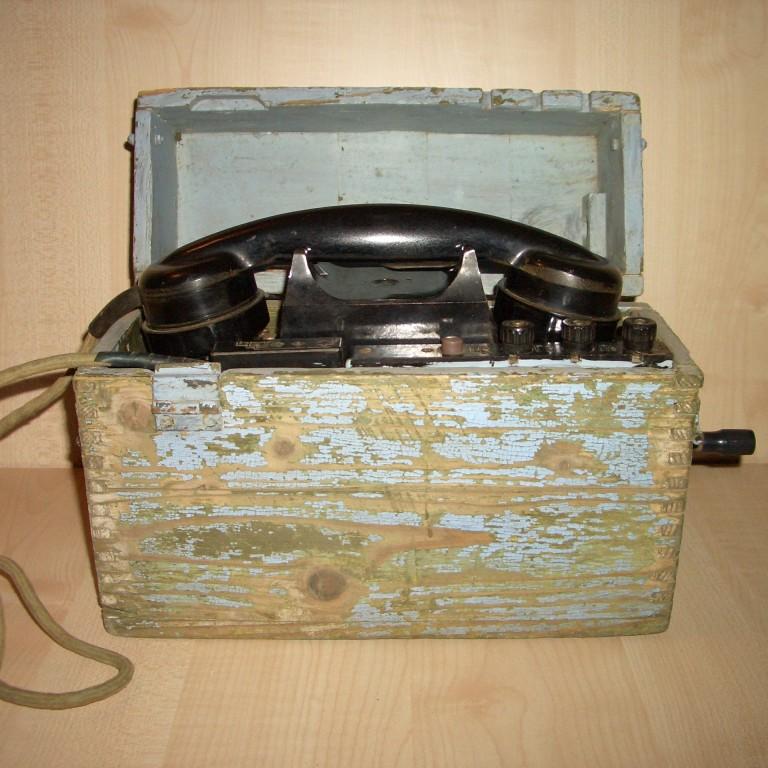 Полевой телефон. ТАИ-43. 1944г.